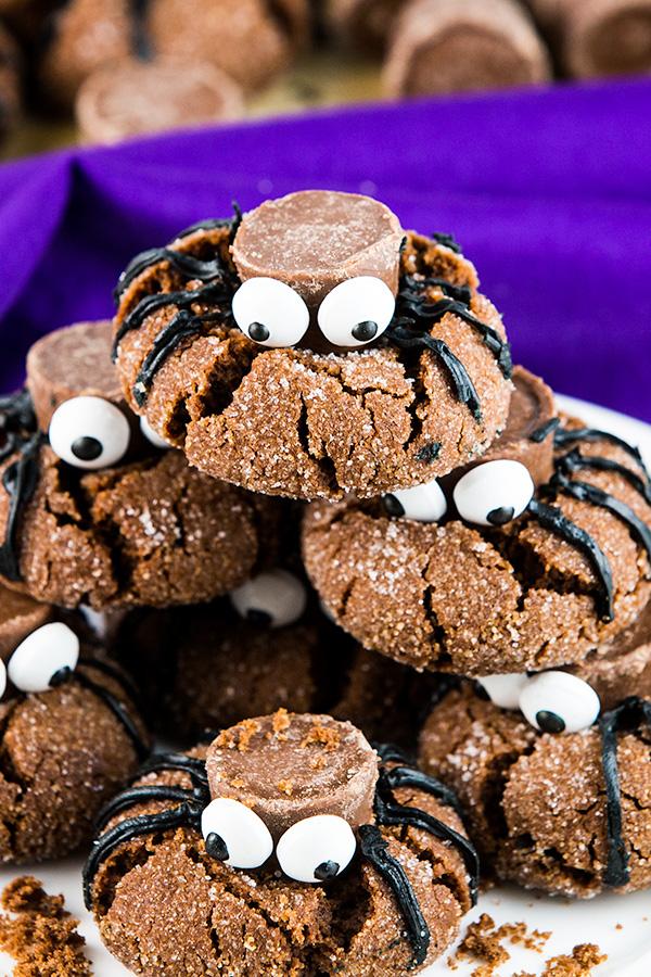 easy halloween spider cookies 3